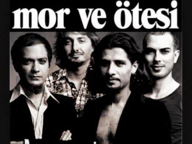 Рок-группа Mor ve Otesi