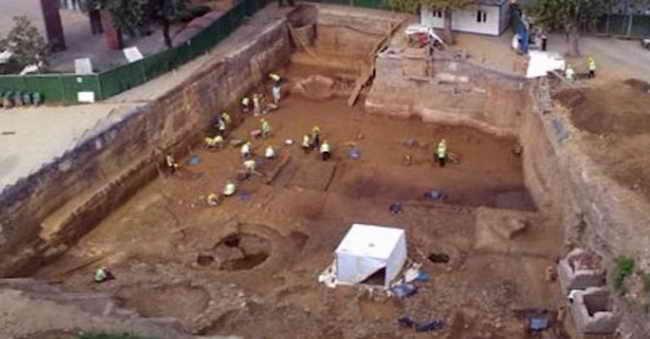 Раскопки кургана в Стамбуле
