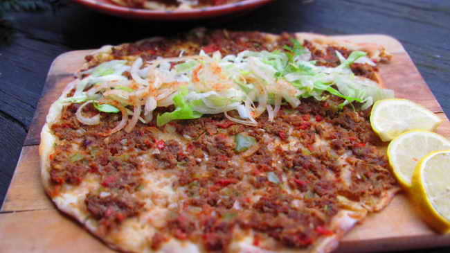 Турция. ЛАХМАДЖУН - турецкая пицца